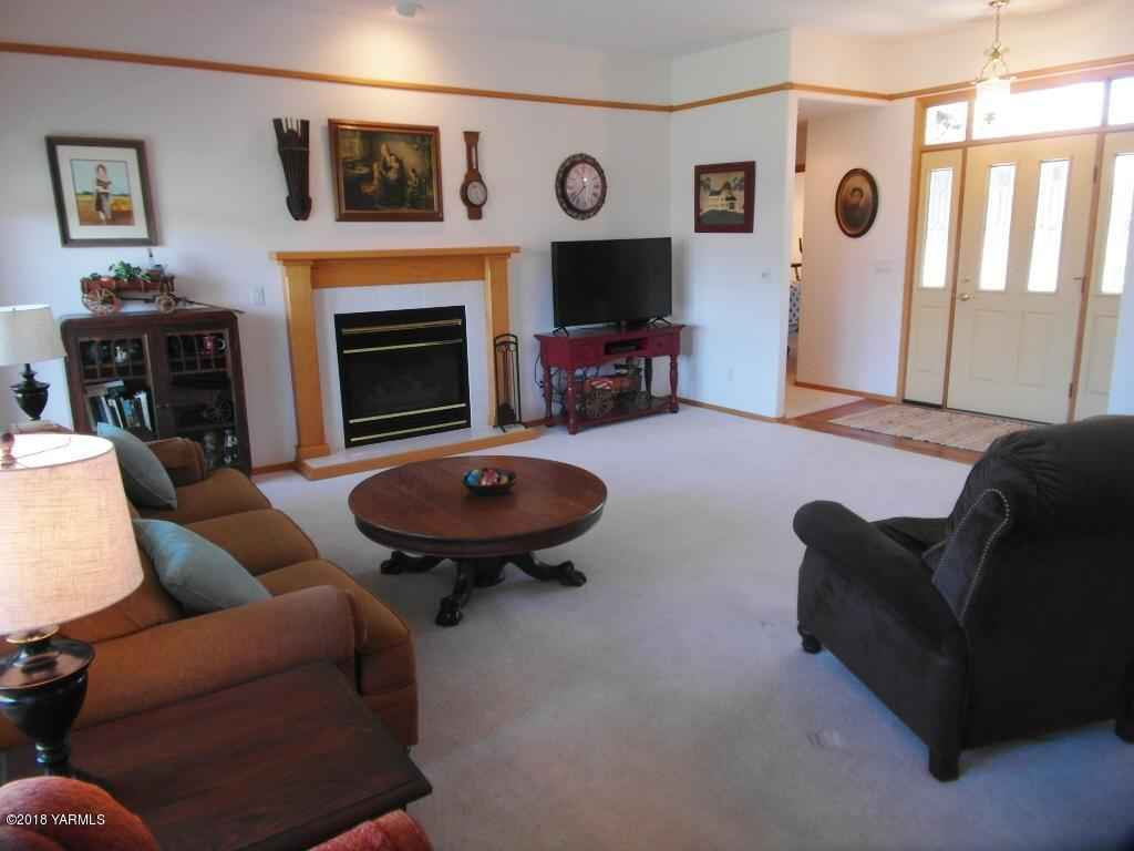 5101 Summitview Ave , Yakima, WA - USA (photo 5)