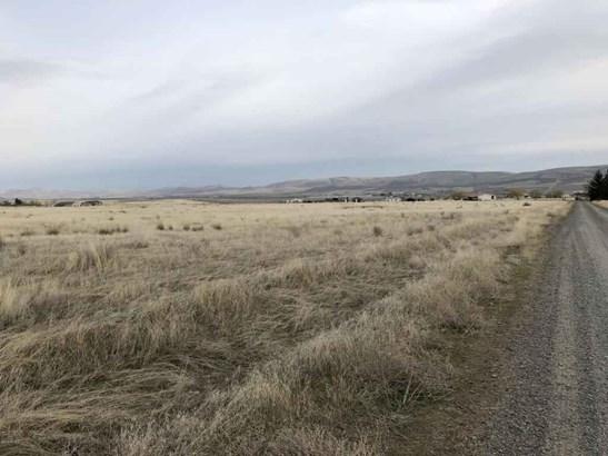 Nka Mieras Rd , Yakima, WA - USA (photo 3)
