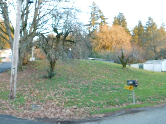 15750 Harley Ave , Oregon City, OR - USA (photo 2)