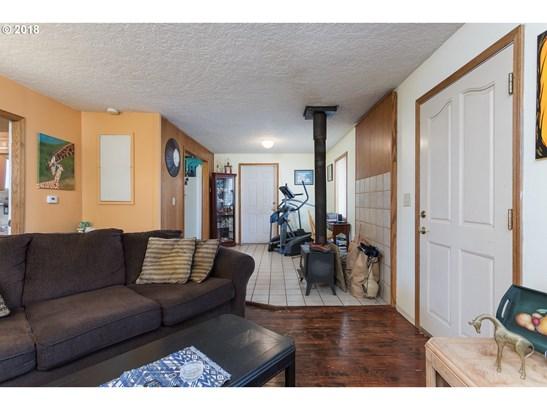 176 Canemah Rd , Oregon City, OR - USA (photo 5)