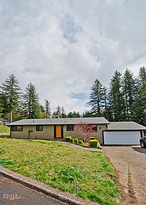 955 Se Loren Ln , Toledo, OR - USA (photo 2)