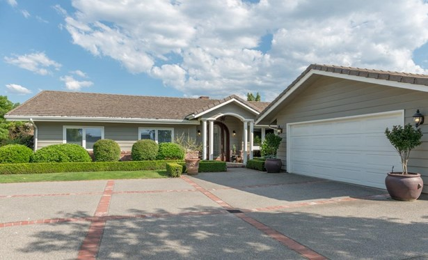 241 Yale Dr , Medford, OR - USA (photo 2)