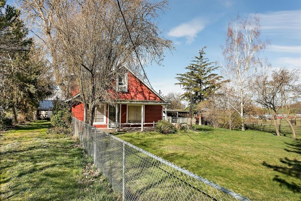 1577 N Valley View Rd , Ashland, OR - USA (photo 5)