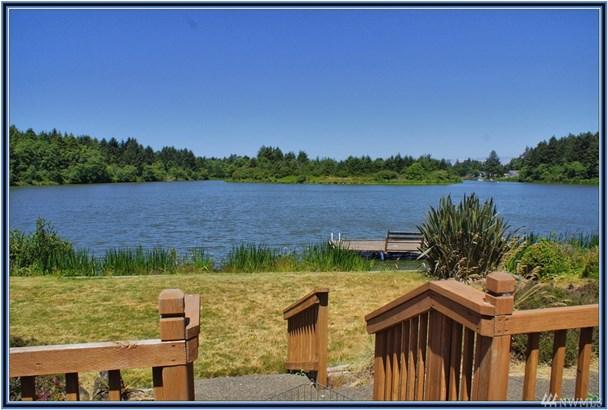 265 Wildwood Ave Se , Ocean Shores, WA - USA (photo 1)