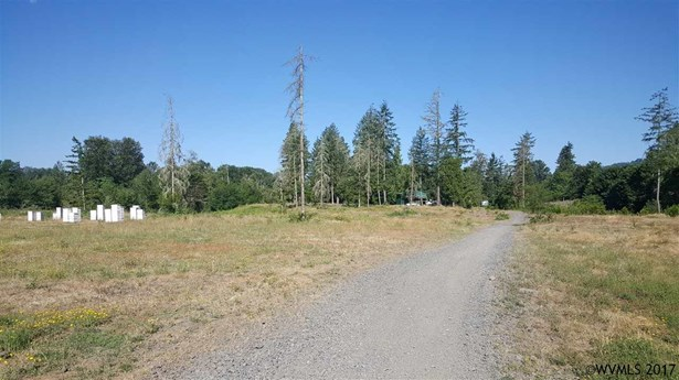 42688 N River (next To) Rd , Sweet Home, OR - USA (photo 2)