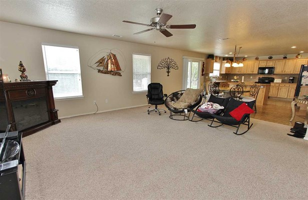 1153 E Red Rock Dr. , Meridian, ID - USA (photo 5)
