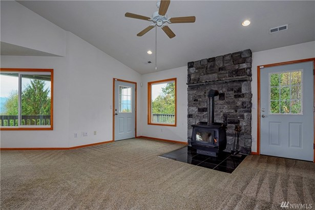 40920 Nw Maple Ridge Road , Woodland, WA - USA (photo 5)