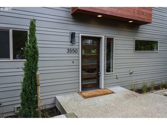 3550 Sw Grover St , Portland, OR - USA (photo 4)
