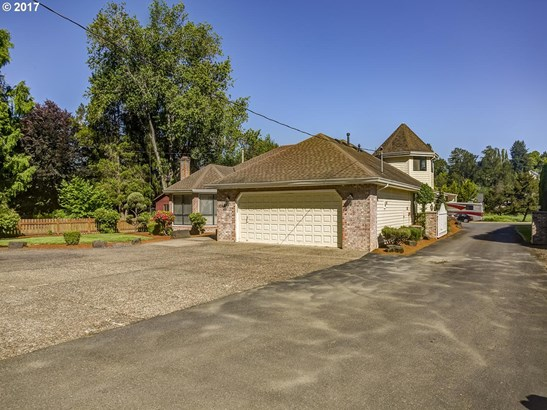 2260 Volpp St , West Linn, OR - USA (photo 2)