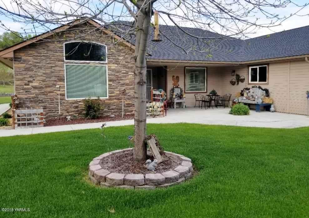 12207 Wide Hollow Rd , Yakima, WA - USA (photo 3)