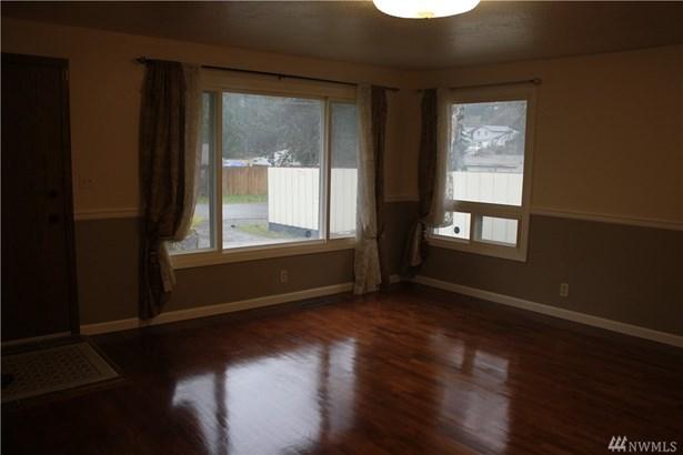 1320 S 131st Place , Burien, WA - USA (photo 3)