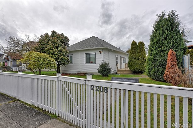 2208 Cedar St , Everett, WA - USA (photo 1)