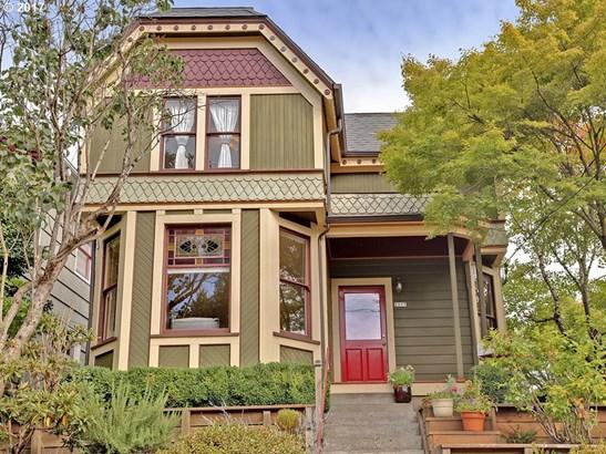 2237 Se Oak St , Portland, OR - USA (photo 1)
