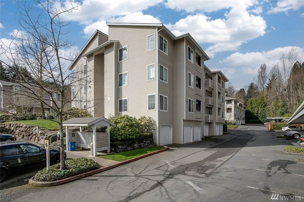 801 Rainier Ave N  D318, Renton, WA - USA (photo 1)
