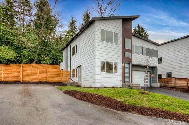 9690 51st Ave S  B, Seattle, WA - USA (photo 2)