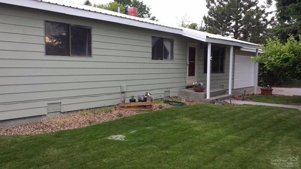 727 Northwest Deer St , Prineville, OR - USA (photo 3)