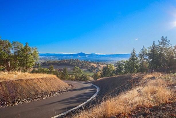 45 Vineyard View Cir , Medford, OR - USA (photo 3)