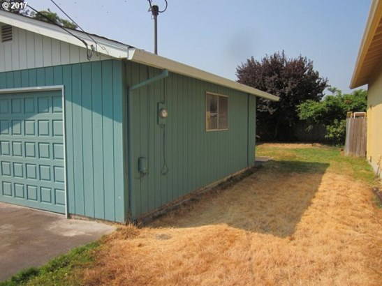597 S 10th , St. Helens, OR - USA (photo 3)