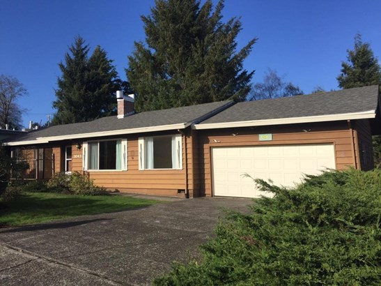 3043 Ne 32nd Dr , Lincoln City, OR - USA (photo 2)