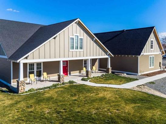 11651 Yakima Valley Hwy , Zillah, WA - USA (photo 2)