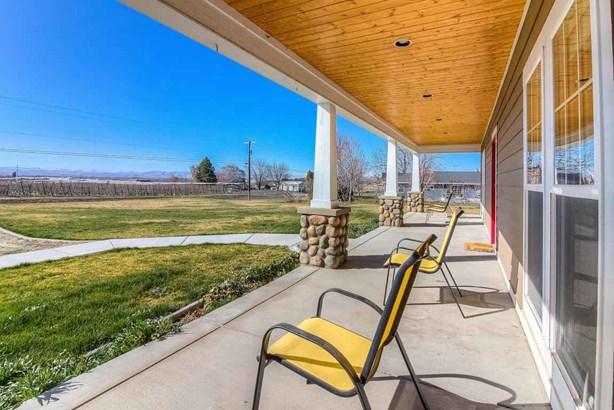 11651 Yakima Valley Hwy , Zillah, WA - USA (photo 3)