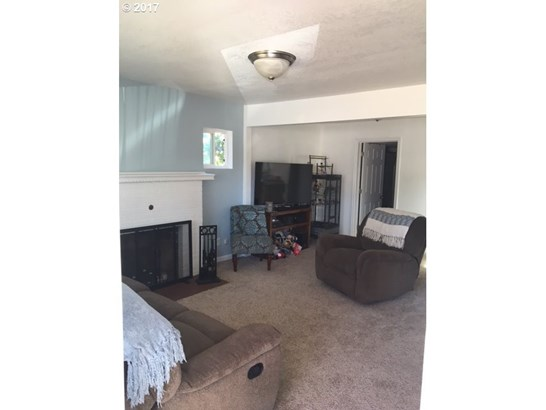 354 N 1st St , St. Helens, OR - USA (photo 5)