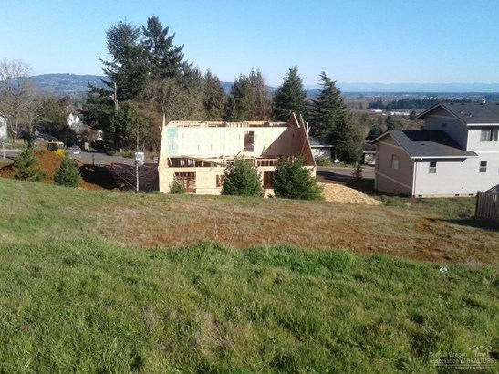 109 South Brier Ave , Newberg, OR - USA (photo 2)