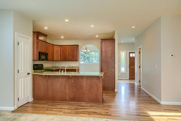 321 Willow Springs Dr , Talent, OR - USA (photo 3)