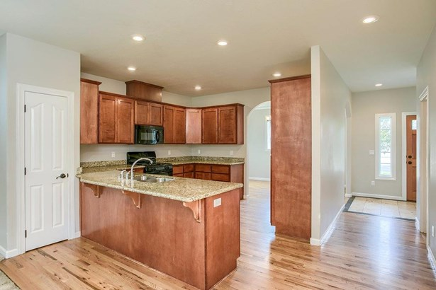 321 Willow Springs Dr , Talent, OR - USA (photo 4)