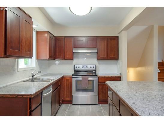 1200 Nw Rachel St , Hillsboro, OR - USA (photo 3)