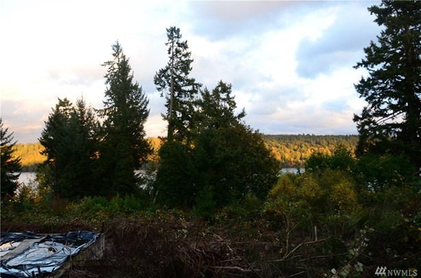 4322 Ne Totem Place , Bremerton, WA - USA (photo 3)