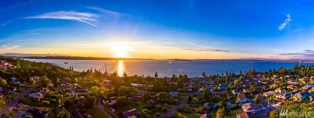 5011 Sound Ave , Everett, WA - USA (photo 2)