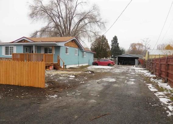 2608 Fairbanks Ave , Yakima, WA - USA (photo 3)