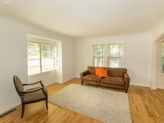 681 W 19th Ave , Eugene, OR - USA (photo 4)