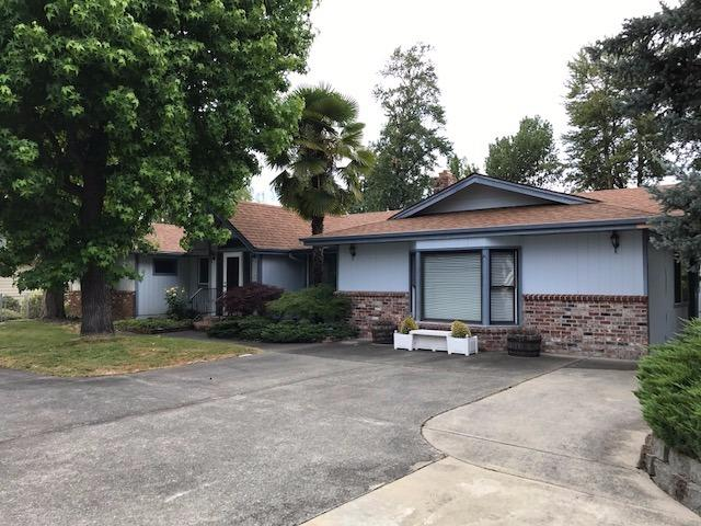 294 Parkhill Pl , Grants Pass, OR - USA (photo 1)