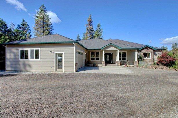 3607 Galls Creek Rd , Central Point, OR - USA (photo 1)