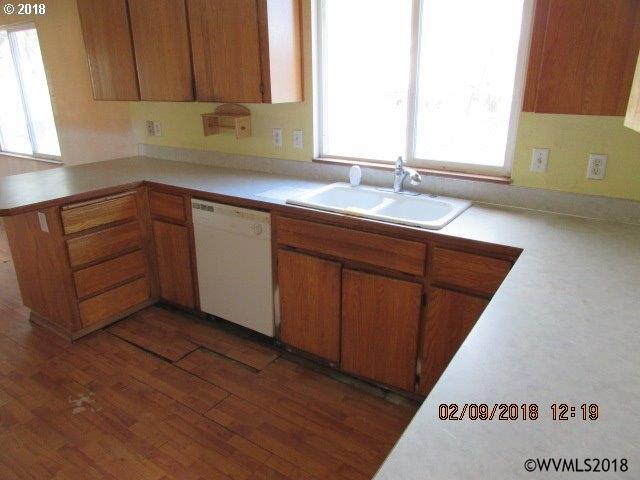 285 Ne 2nd St , Willamina, OR - USA (photo 2)