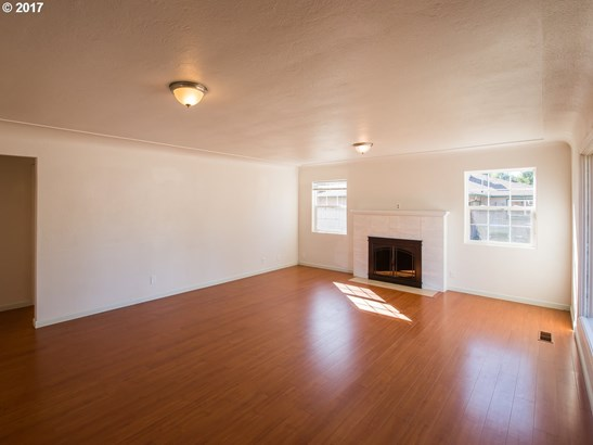 308 Dearborn Ave , Keizer, OR - USA (photo 4)