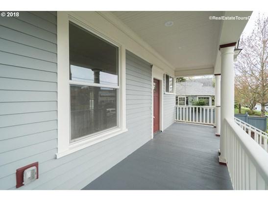 272 Se Walnut St , Hillsboro, OR - USA (photo 3)