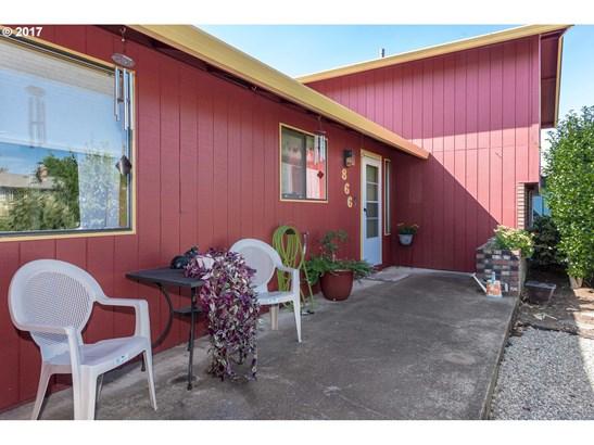 866 Ne Darnielle Dr , Hillsboro, OR - USA (photo 2)