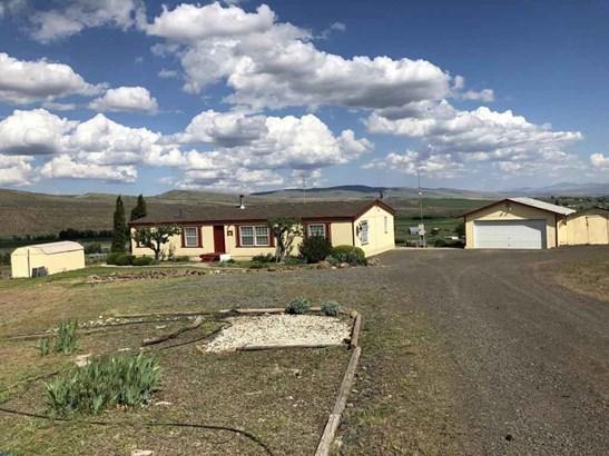 571 Point Dr , Selah, WA - USA (photo 2)