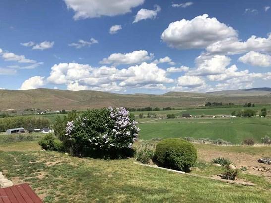 571 Point Dr , Selah, WA - USA (photo 4)