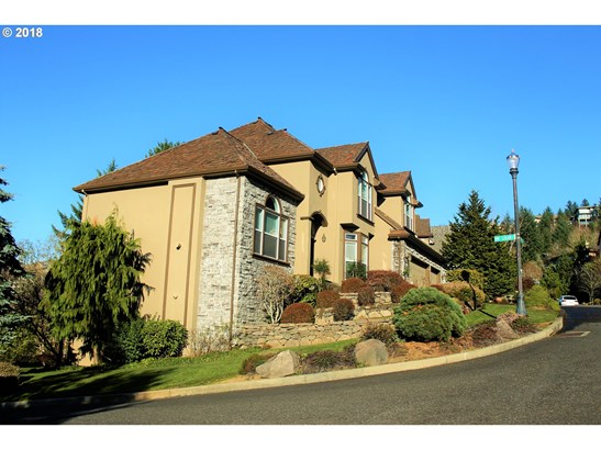 3223 Nw Spencer St , Portland, OR - USA (photo 2)