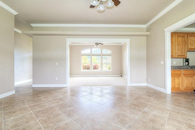 264 Crume Dr , Grants Pass, OR - USA (photo 5)