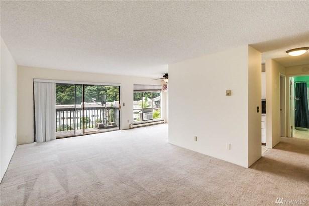 15154 65th Ave S  909, Tukwila, WA - USA (photo 2)