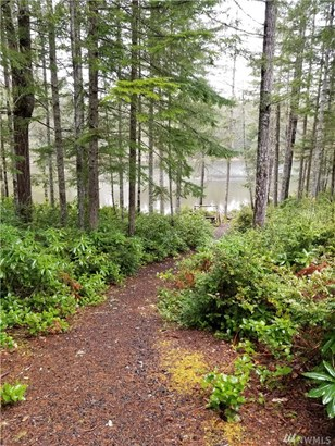 40 Ne Lakeway Dr , Belfair, WA - USA (photo 2)