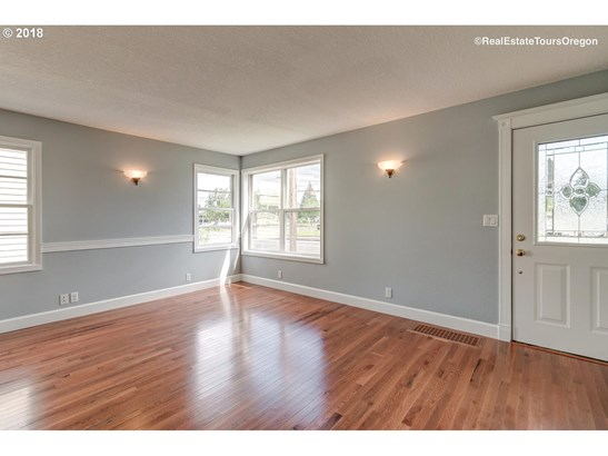 2627 19th Ave , Forest Grove, OR - USA (photo 4)