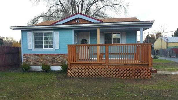 2608 Fairbanks Ave , Yakima, WA - USA (photo 1)