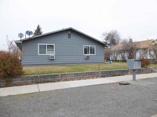 1411 Roosevelt Ave , Yakima, WA - USA (photo 1)