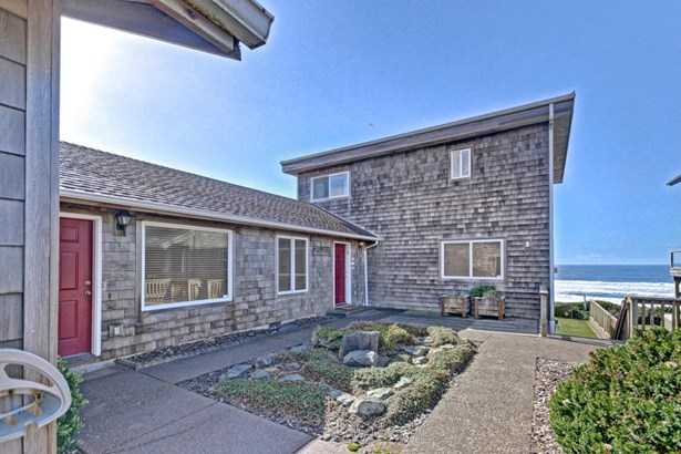 2151 Nw Inlet Ave , Lincoln City, OR - USA (photo 1)